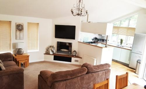 2 BR, 1000 ft² – Idyllic Lodge in York, immersed in a stunning 250 acre forest