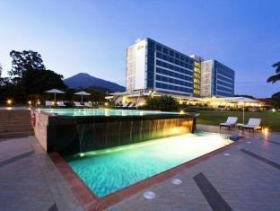 11 BR – Hotels: Mount Meru Hotel